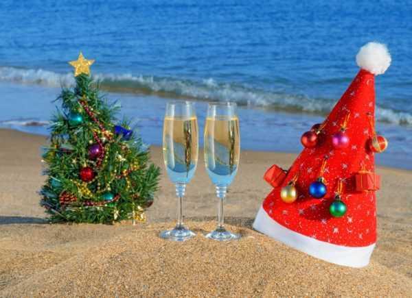Отмечаем праздник у моря