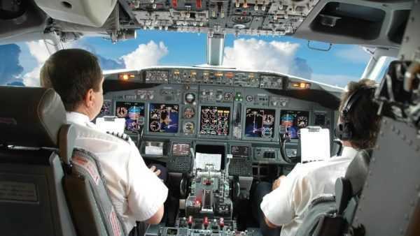 Пилот на рабочем месте
