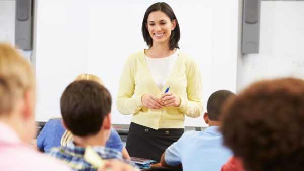 Учительница на рабочем месте