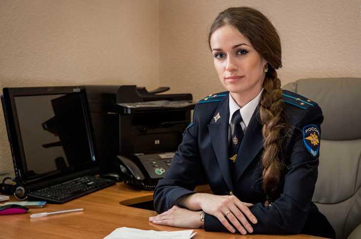 ззарплата следователя в России