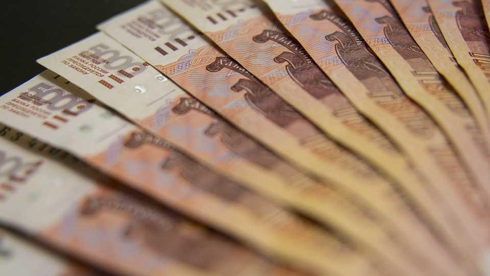 средняя зарплата в Санкт-Петербургуе